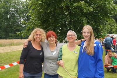 v. l. Gaby Beekeboom, Antje Wichert, Doris Adebahr ( alle Kinder- und Jugendförderung Stadt Leer ) und Fenna Göbbeler ( Bundesfreiwilligendienstlerin